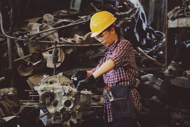 Weld Australia Calls For More Female Tradies to Join the Industry